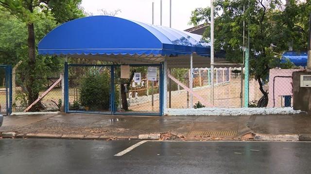 Creche do Parque Jambeiro está infestado de carrapatos; Pais se assustam e pedem transferência