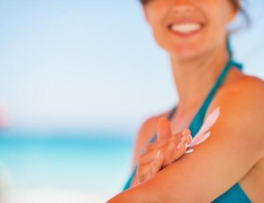 Proteção da pele: cinco erros que evitam os cuidados contra o forte calor e sol