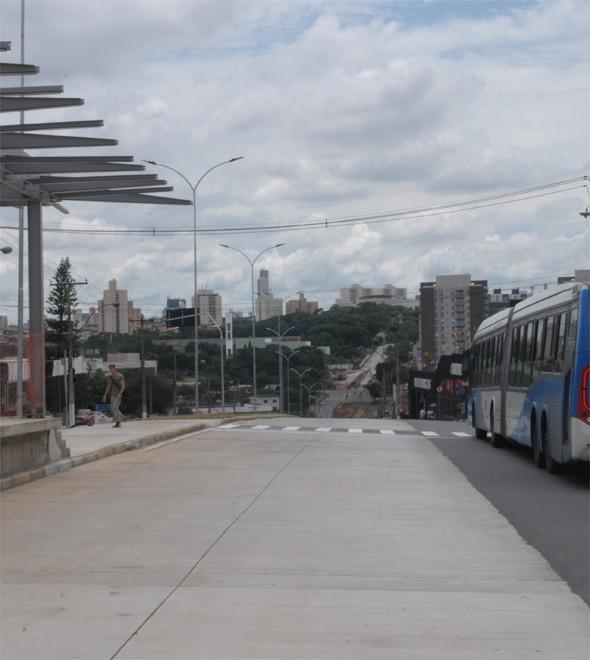 Prefeitura tenta conseguir empréstimo para terminar a já atrasada obra do BRT