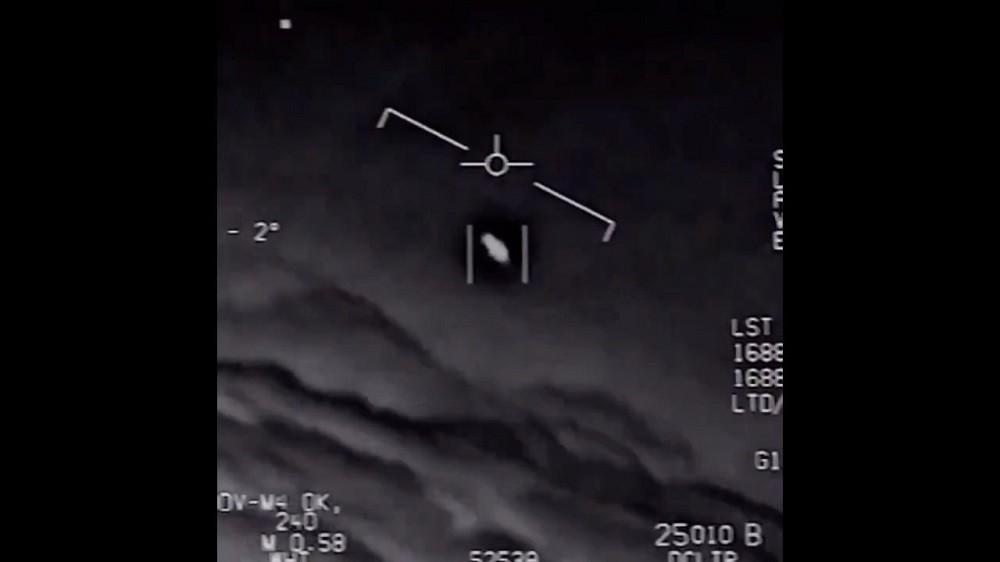 Departamento de Defesa dos EUA divulga vídeos com OVNIs; Confira