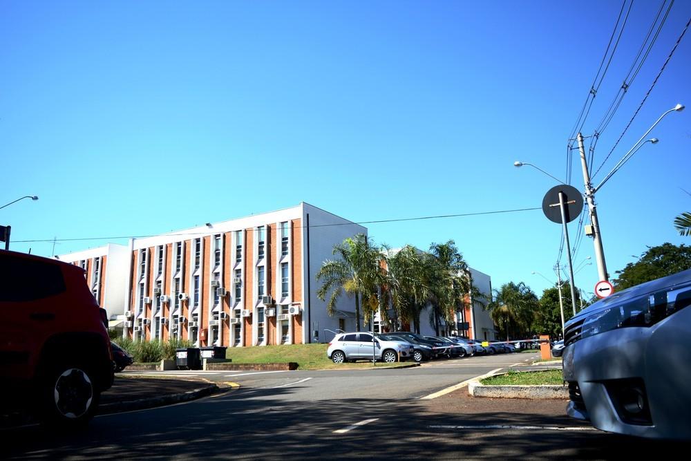 Briga entre reitor da Unicamp e dono da Havan vai parar na Justiça