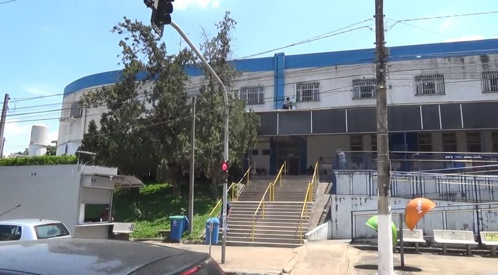 Menino no barril: garoto é transferido para Hospital Mário Gatti
