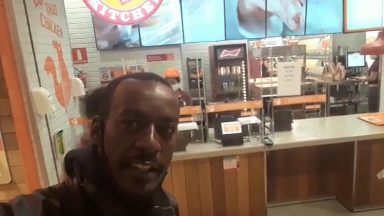 Motoboy acusa Popeyes do Campinas Shopping de racismo ao negar lhe vender um lanche