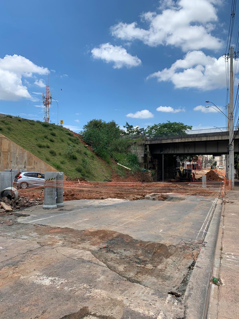 BRT será inaugurado amanhã, mas obras na Rua Doutor Mascarenhas seguem na mesma