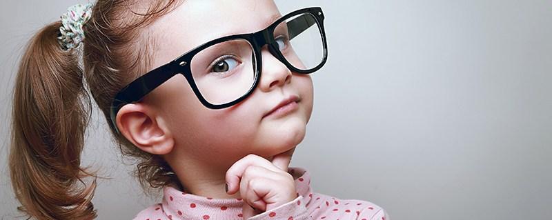 Isolamento antecipa a miopia em crianças