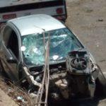 Motorista perde controle, atravessa marginal da Anhanguera e cai em cima de outros carros no Jd. Eulina